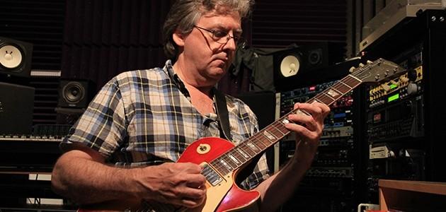 Iain Scott | Guitar Tutor | ICMP London