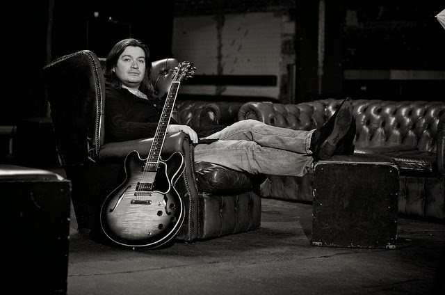 Tolis Zavaliaris | Guitar Tutor | ICMP London